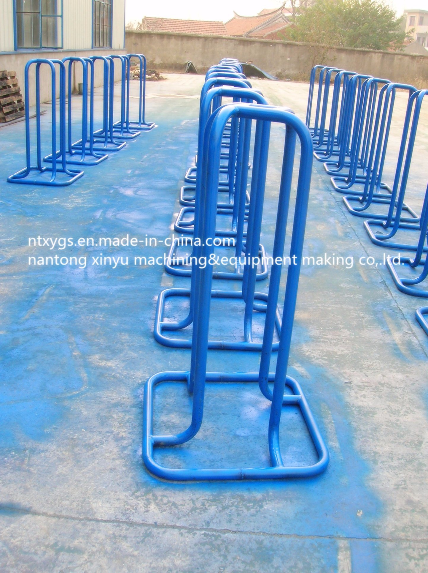 Factory Outle Blue Square Base Steel Wire Carrier