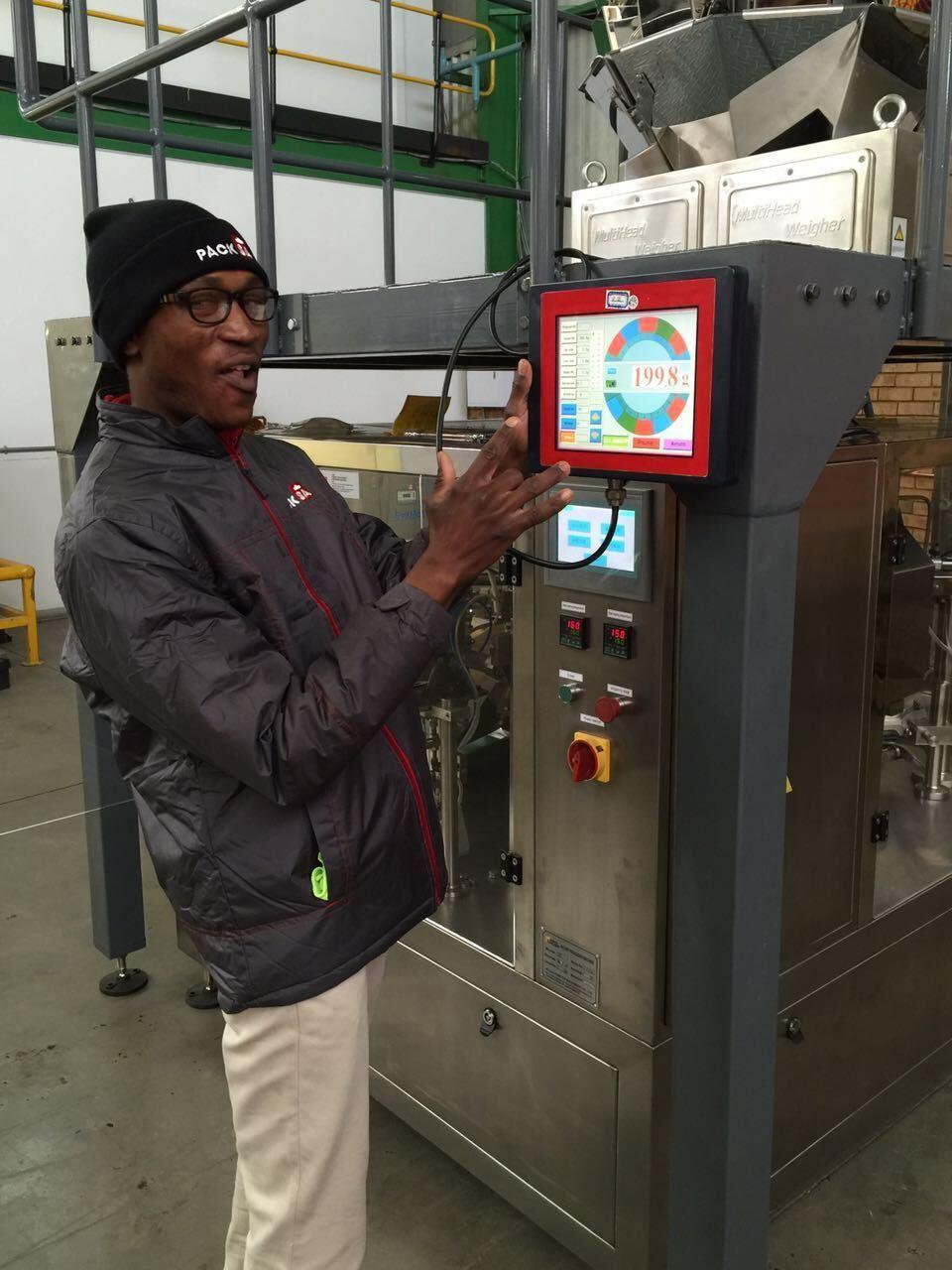 Full Auto Ketchup Packing Machine