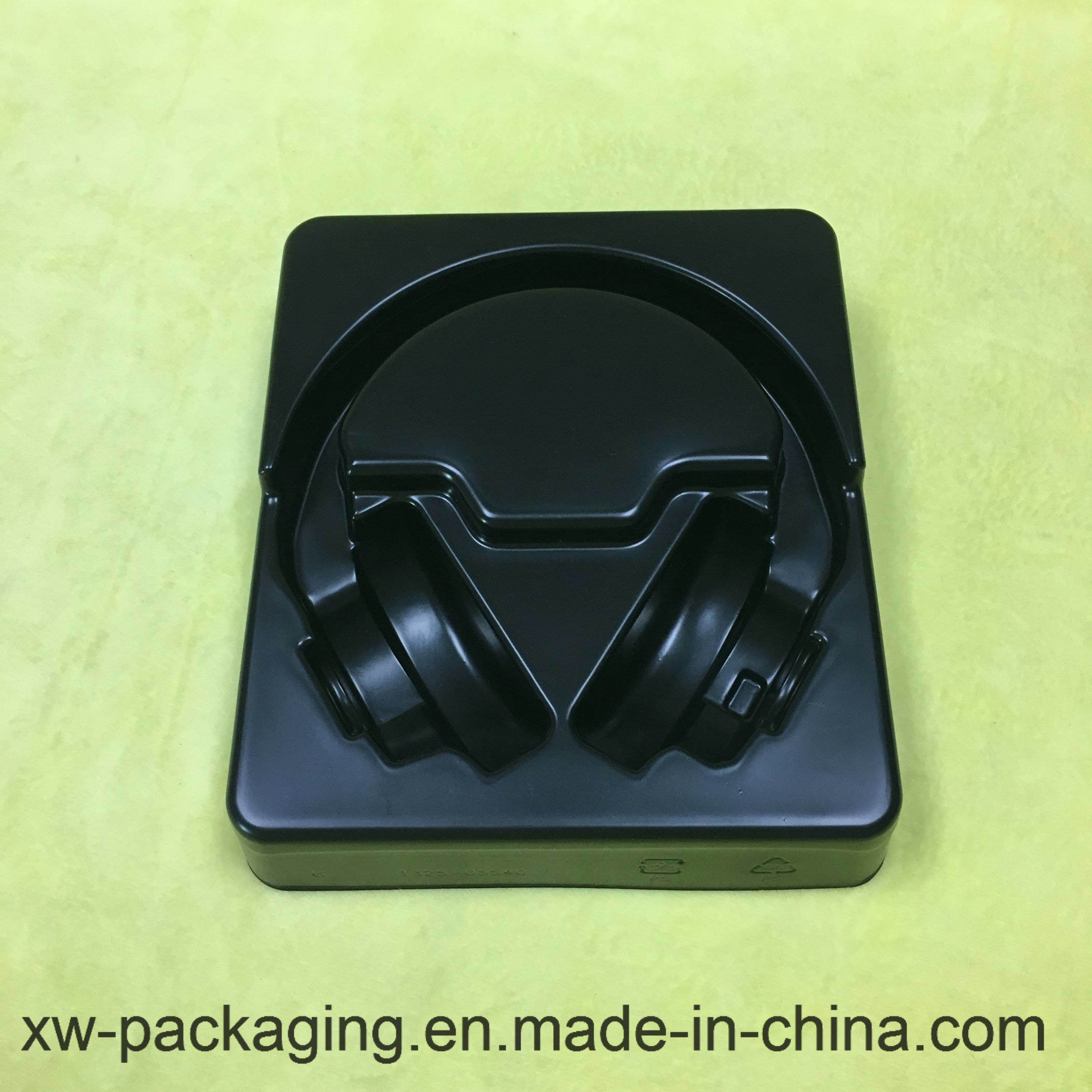 High Quality Headset Using Plastic Blister Packaging in Black Tray