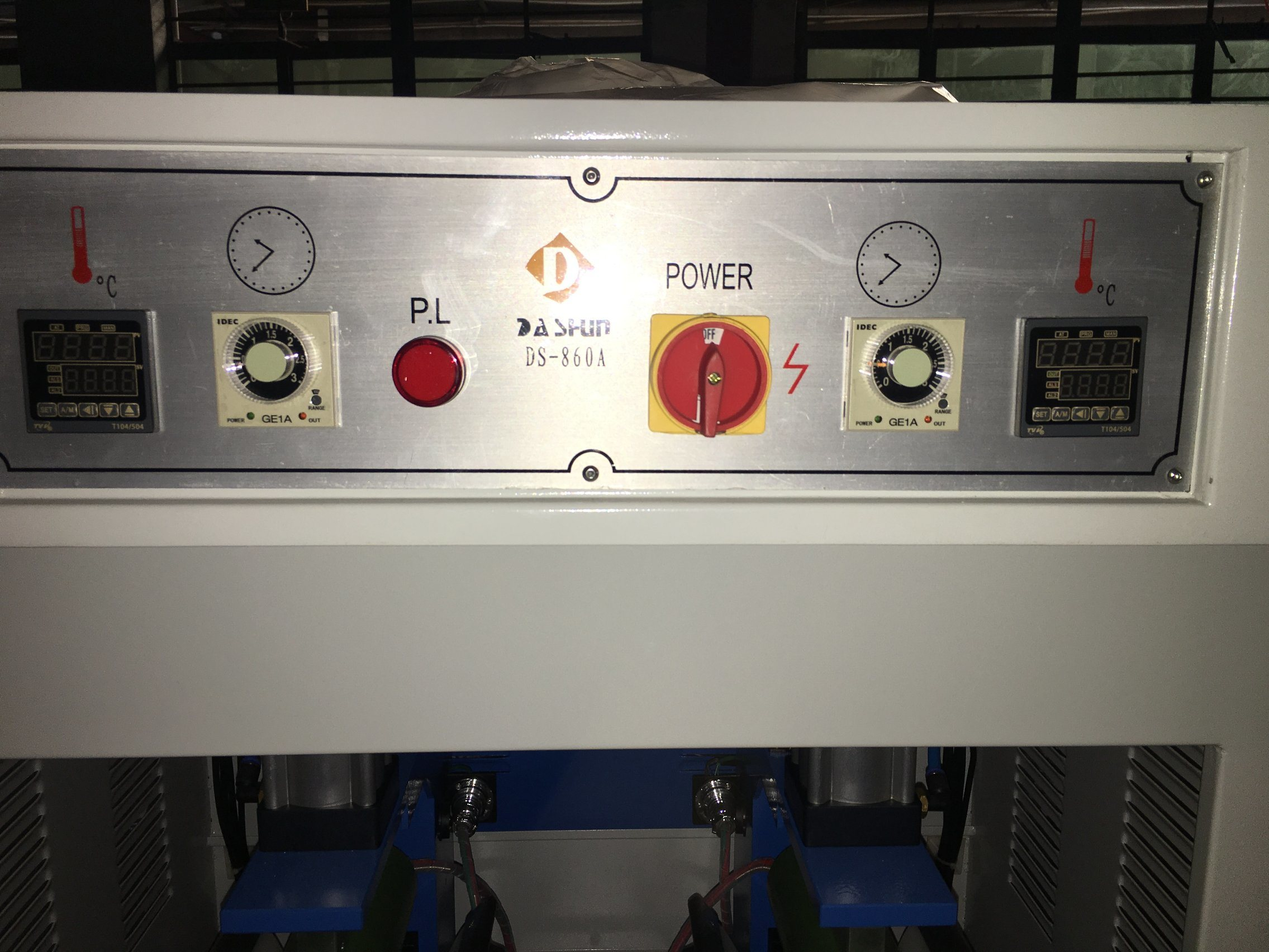Ds-860A Two-Station Toe Cover Fusing Machine for Shoe