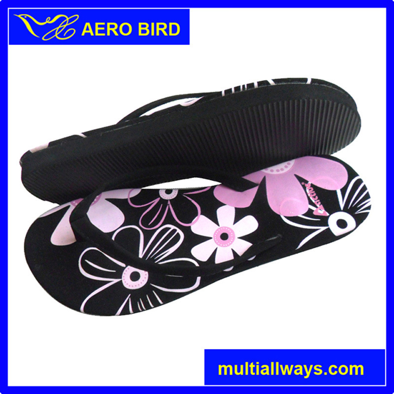Wholesale Colorful Hot Print PE Male Footwear (14A197)