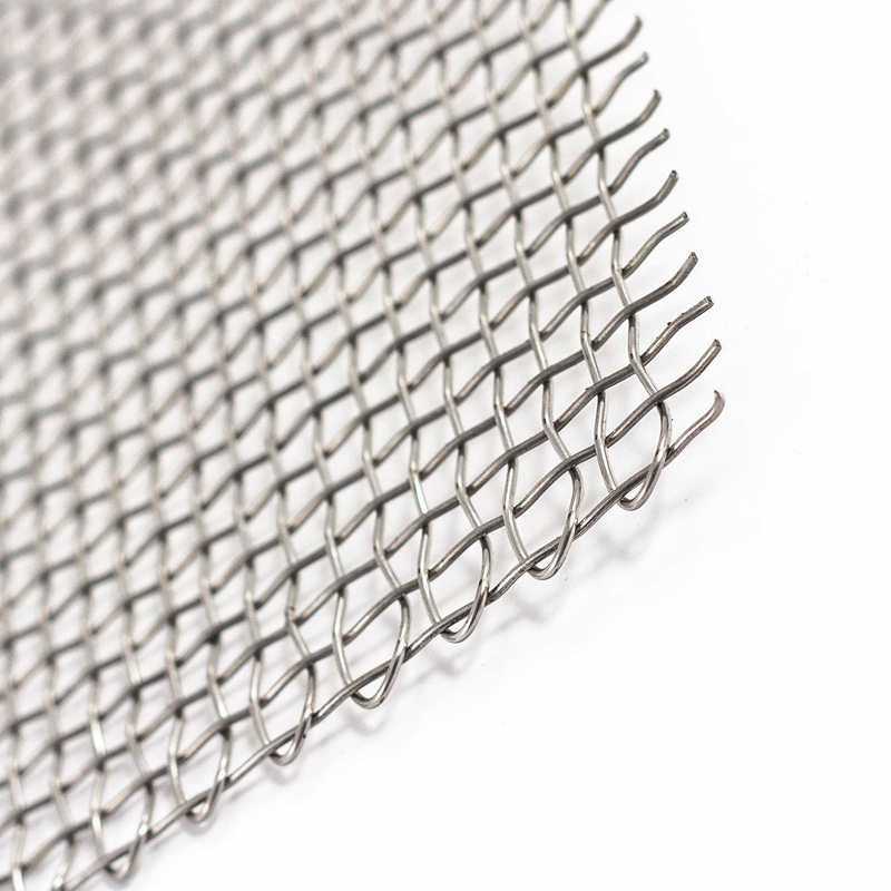 China Manufacturer Good Quality Galvanized Woven Square Wire Mesh