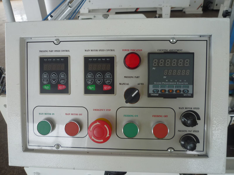 Automatic Pre-Folding and Bottom Lock Folder Gluer Machine