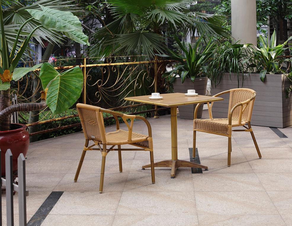 Outdoor garden furniture bamboo rattan cafe table and for Bamboo outdoor furniture