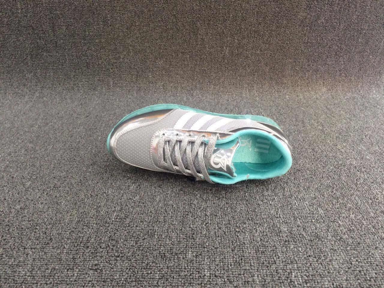 Hot New Sale Women′s Casual Sneaker Shoes