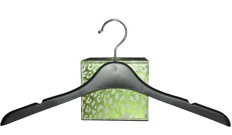 Brand 17 Inches No Slip Custom Plastic Clothing Hangers