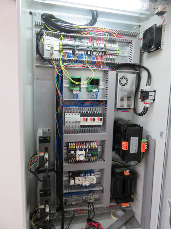 250t 4000mm Electro-Hydraulic Servo Sheet Metal Plate CNC Bending Machine
