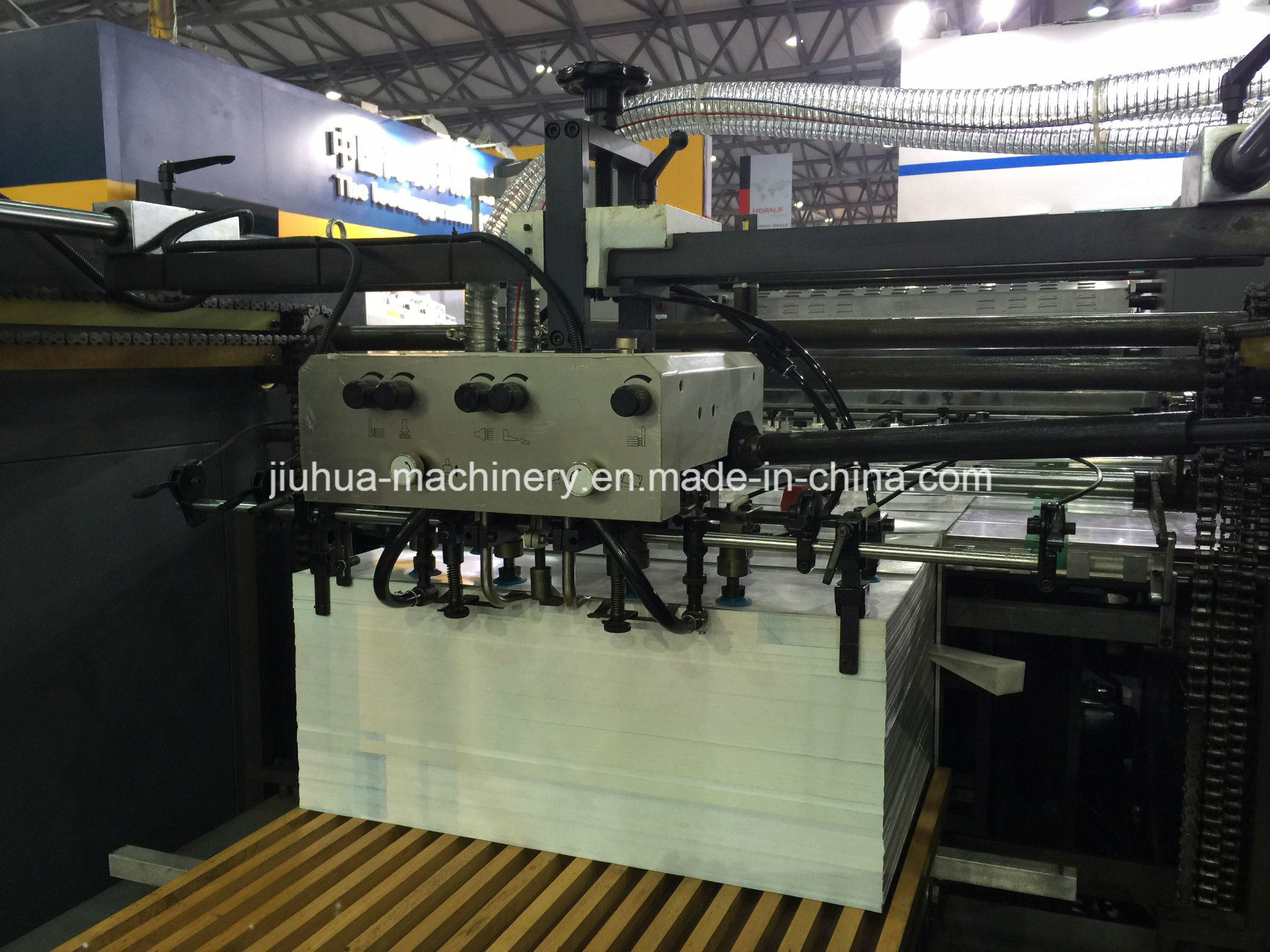 Full Automatic Glueless Film Laminator Machine