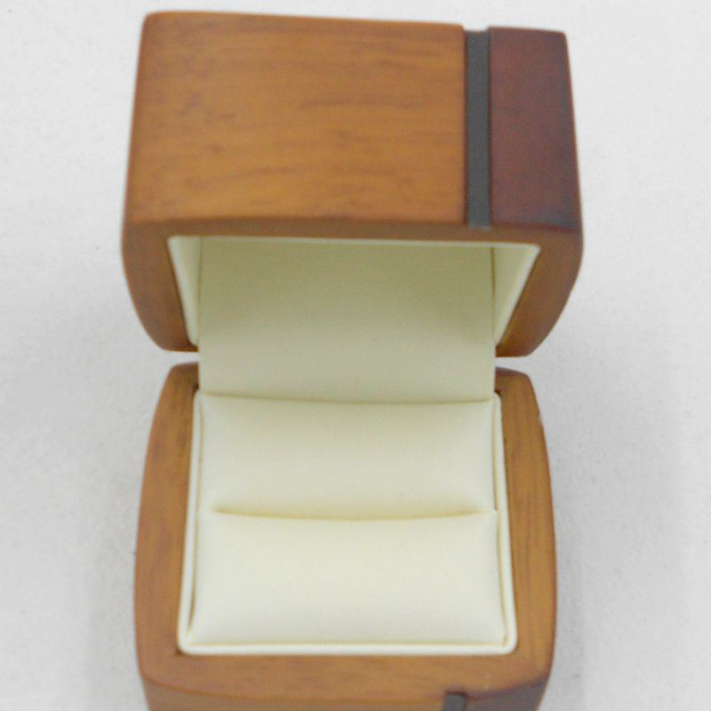High Grade Glossy Wood Jewelry Package Box