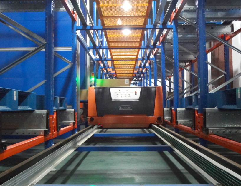 Radio Shuttle Metal Storage Pallet Rack