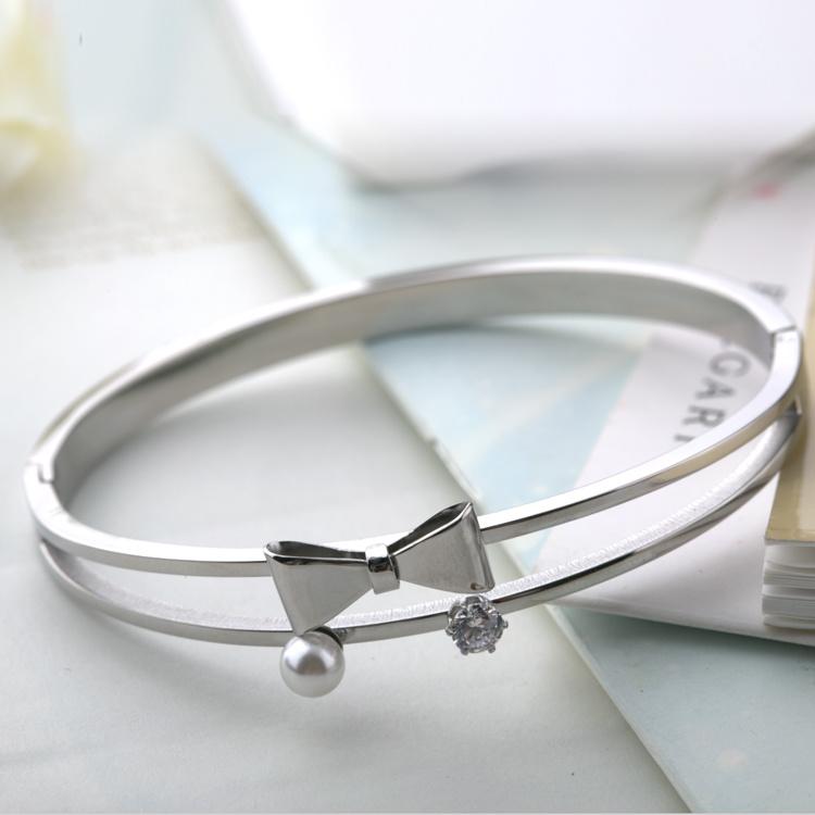 Beautiful Bowknot Women Jewelry Stainless Steel Diamond Bangle