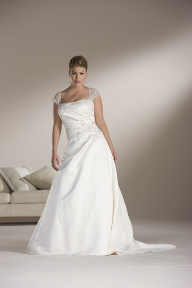 Lace Cap Sleeve Plus Size Satin Wedding Dress PW62704