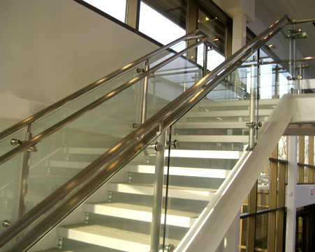 Glass Stair Railing/Glass Steel Frame Balcony Staircase Railing