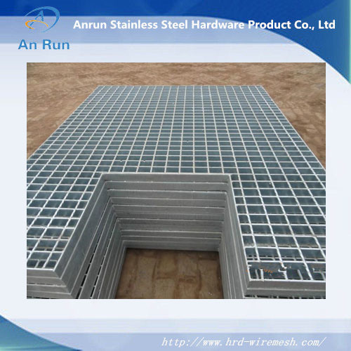 Hot Dipped Galvanized Steel Bar Grating with ISO9001: 2008