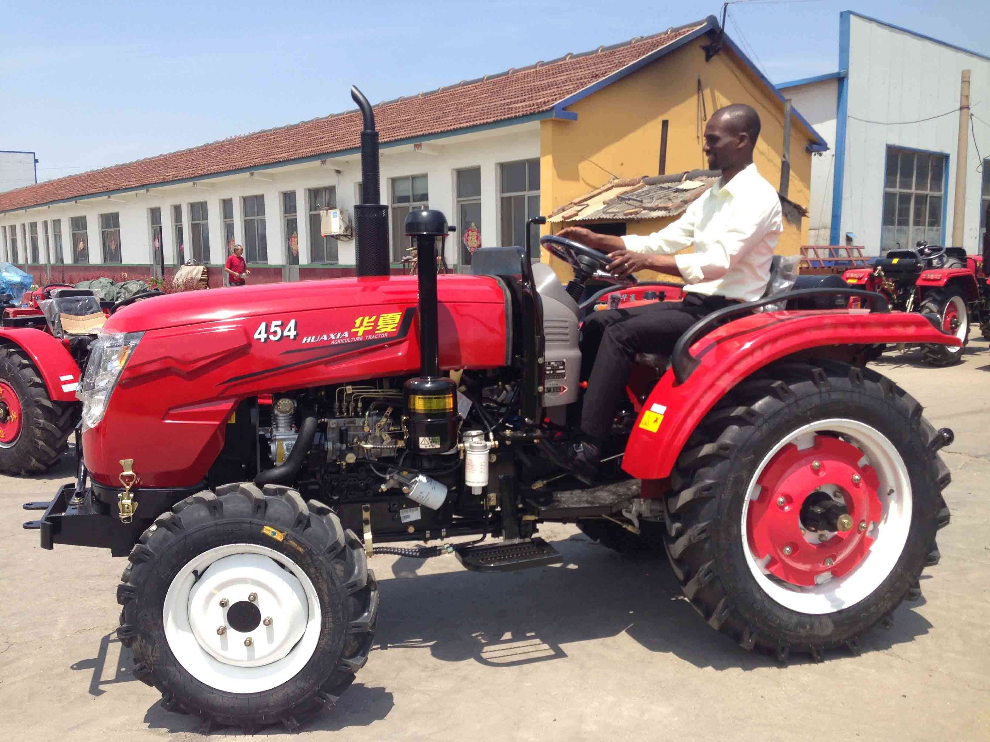 35HP 40HP-55HP Four Wheel Agriculture Foton Farm Tractor