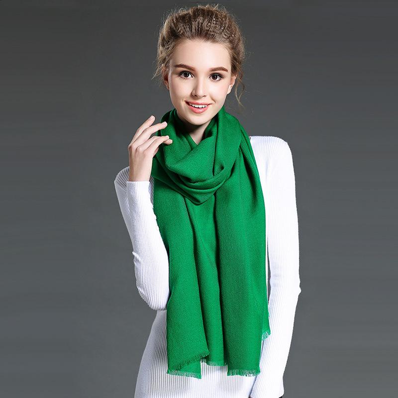Female White Twill Wool Scarf
