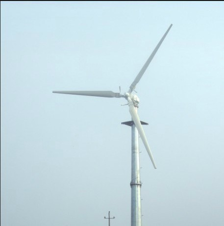 Wind-Solar Complementary Street Light Wind Turbine Generator