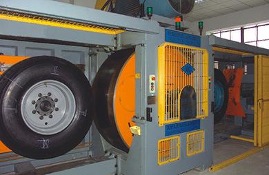 LONGMARCH Drive/Steer/Trailer Truck Tyre (LM268)
