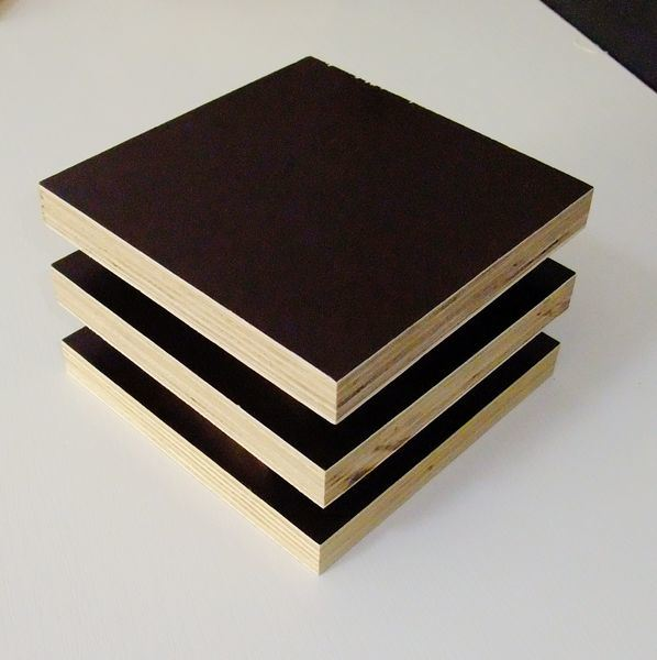 Brown and Black Film Faced Plywood