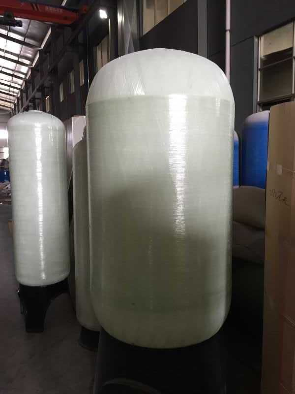 Supplier of Different Sizes FRP Fiber Glass Water Vessel