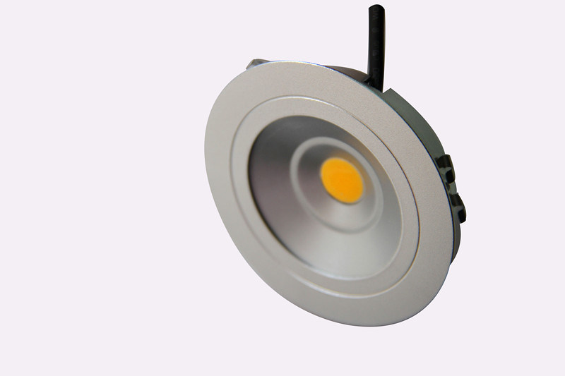 3W LED Down Light with Brushed Aluminium Material Envirmental