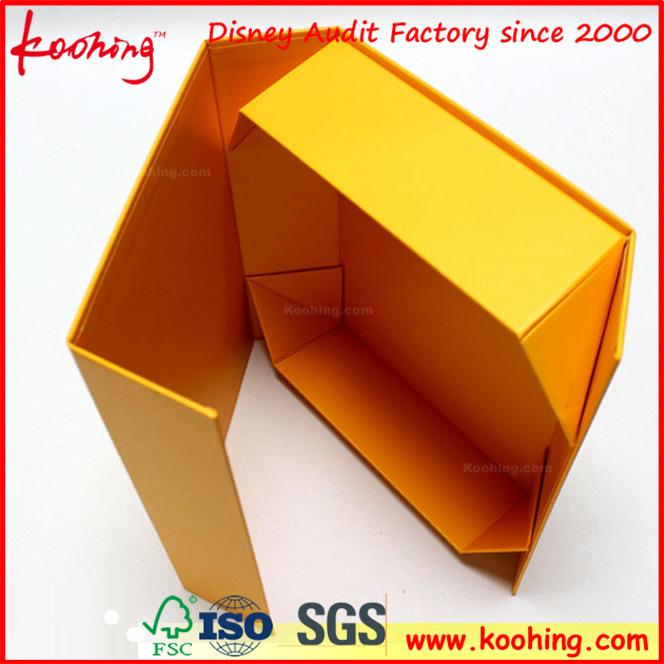 Cloth Box Rigid Foldable Paper Gift Box (KH-P0509)