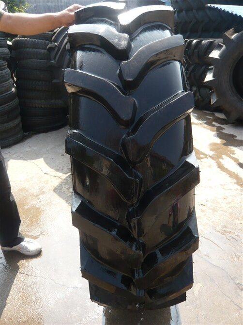 China Factory Supply 12.4-24, 12.4-28 Farm Tyre