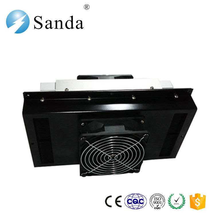 Small Peltier Air Conditioner with Heat Sink