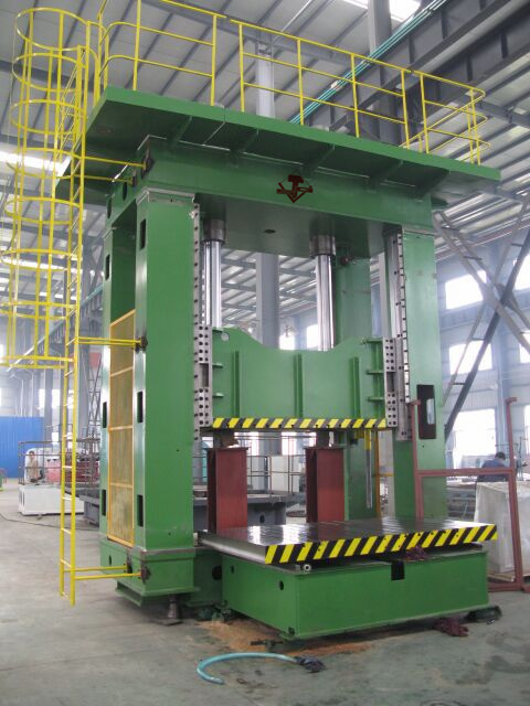 9automobile Chassis Forming Hydraulic Press (Y29-315)