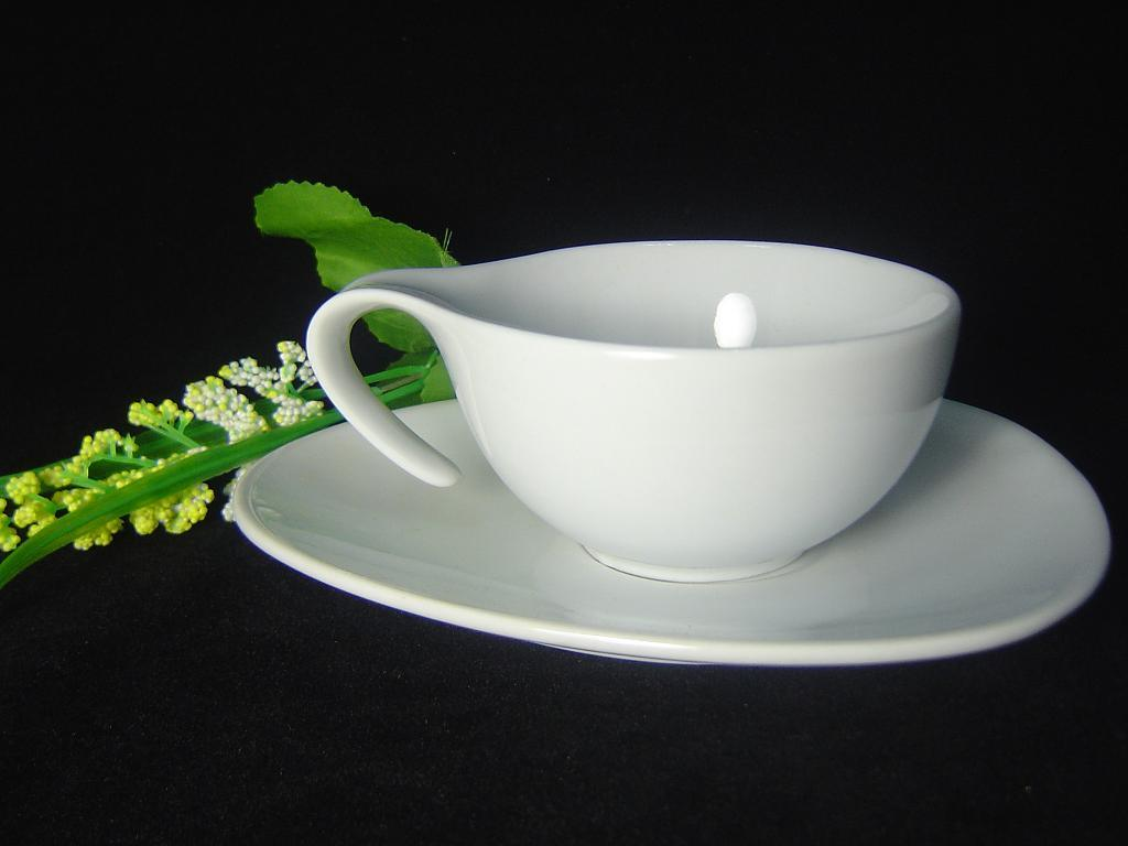 Porcelain Coffee Bowl with Special Handle