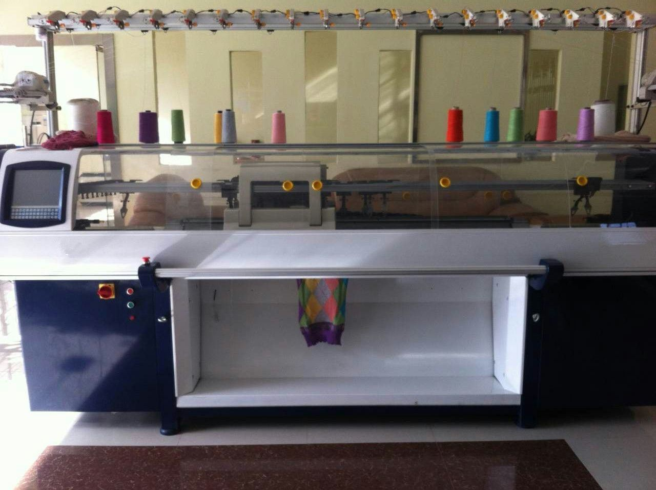 New Condition Flat Knitting Machine with Double System.