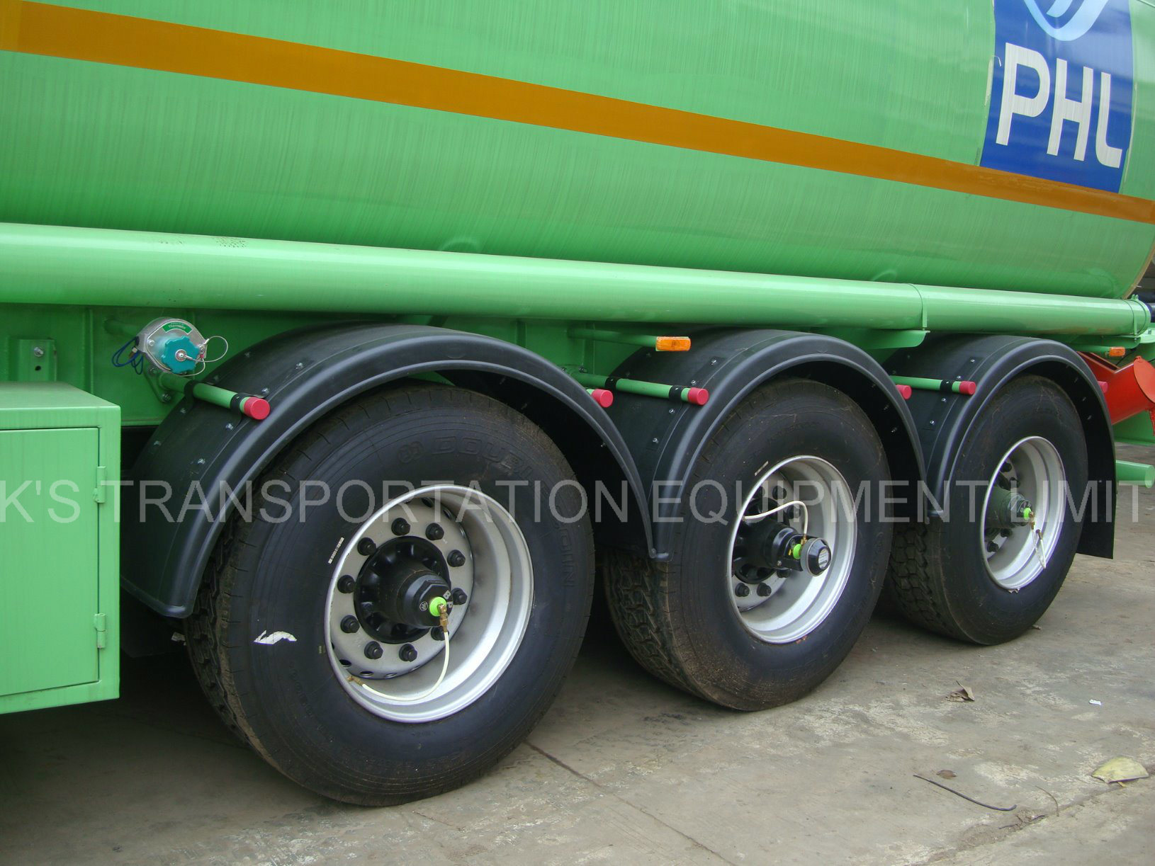 Aluminium Alloy Fuel / Petrol / Gasoline / Oil / LPG Tanker for Storage