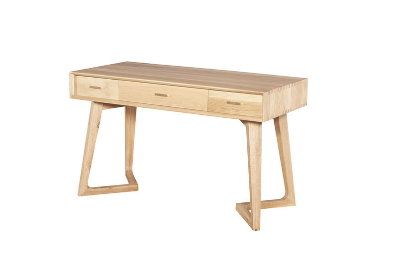 of Primitive Simplicity and Elegant Antique Furniture for The Schoolroom