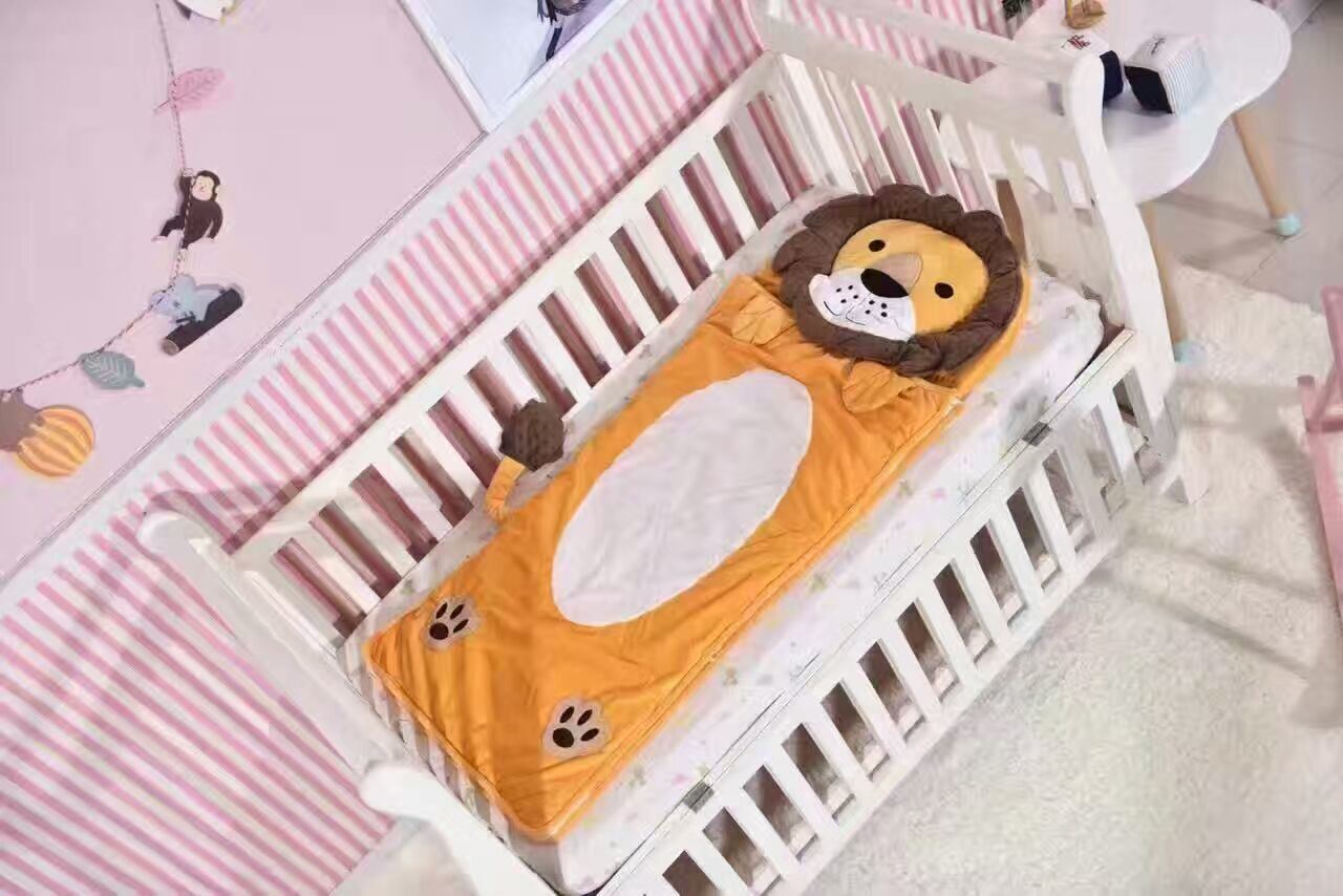 Lovely Animal Sleeping Bag for Crib Bed Hot Sale Made in China