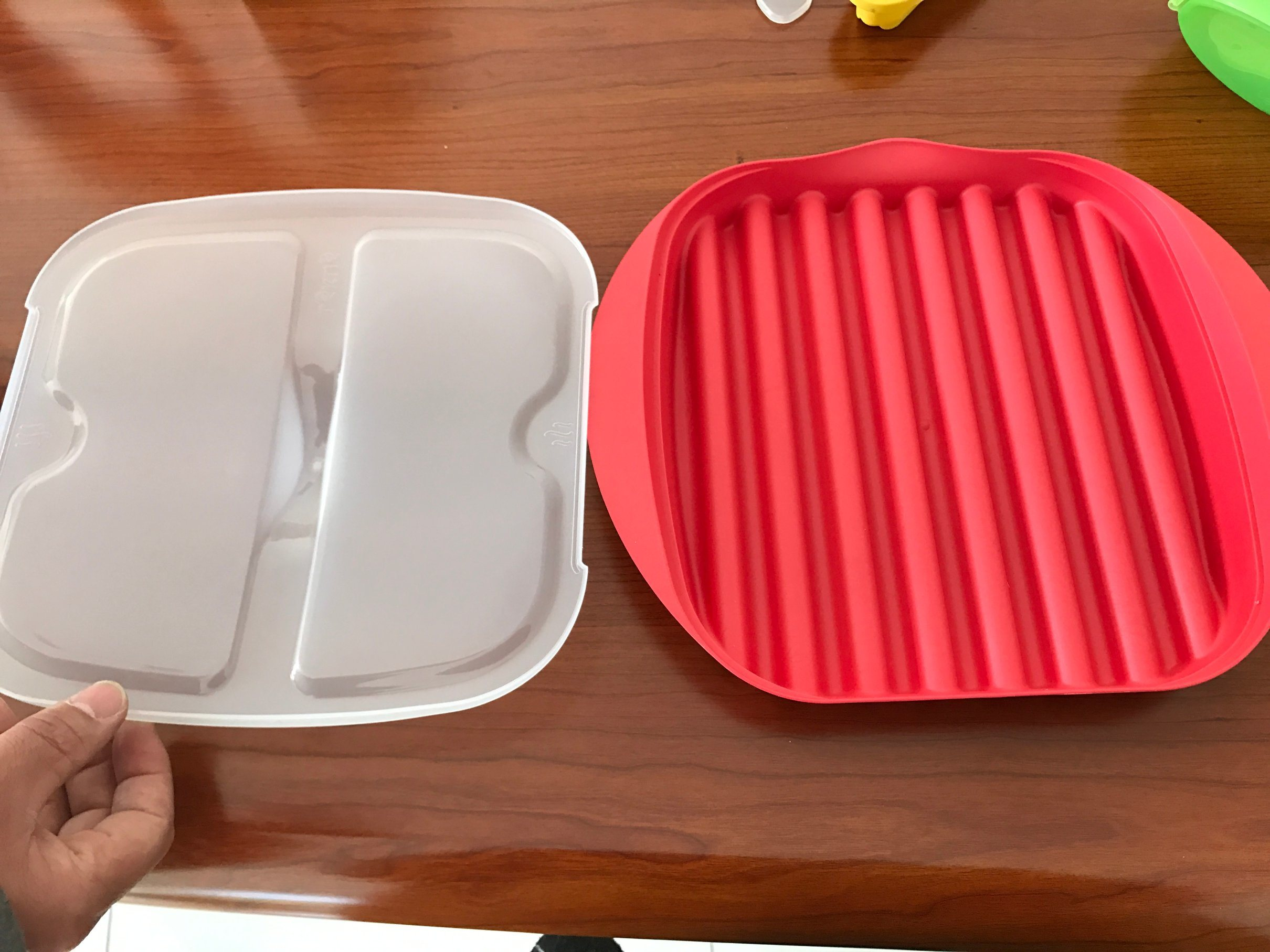Plastic Silcone Microwave Bacon Cooker Pan/Cook Bacon in The Microwave Quickly and Cleanly