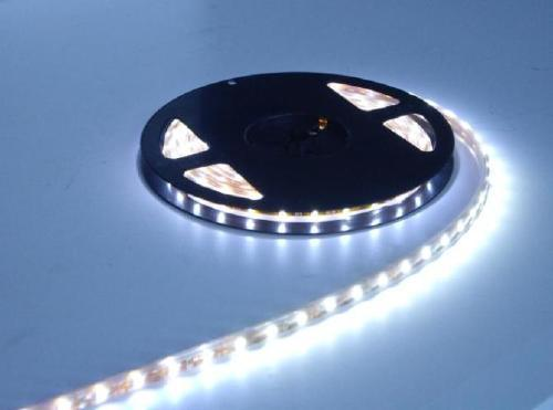DC12/24V SMD2835 LED Flexible Strip Light with 3 Years Warranty 120LED/M