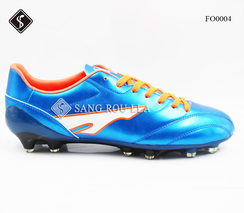 Soccer Shoe with TPU