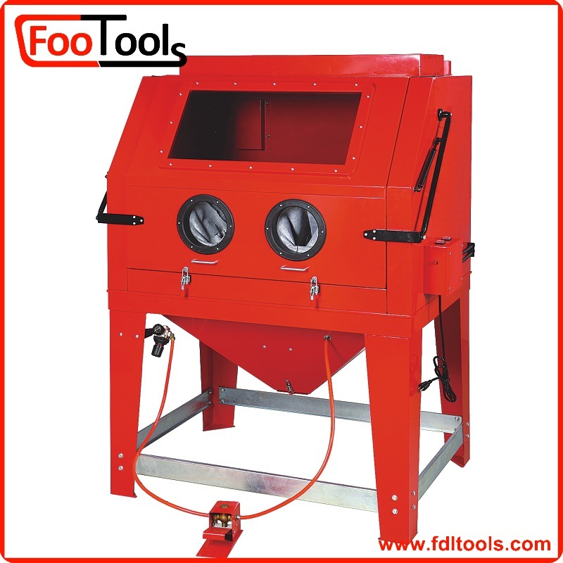 990L Industrial Cabinet Sandblaster