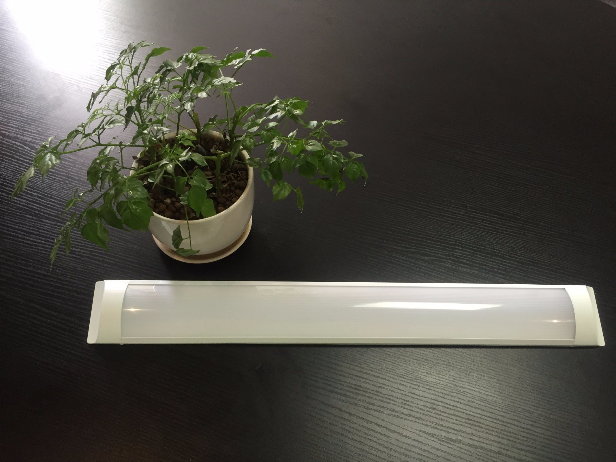 LED 27W IP20 Slim Dustproof Fluorescent Tube