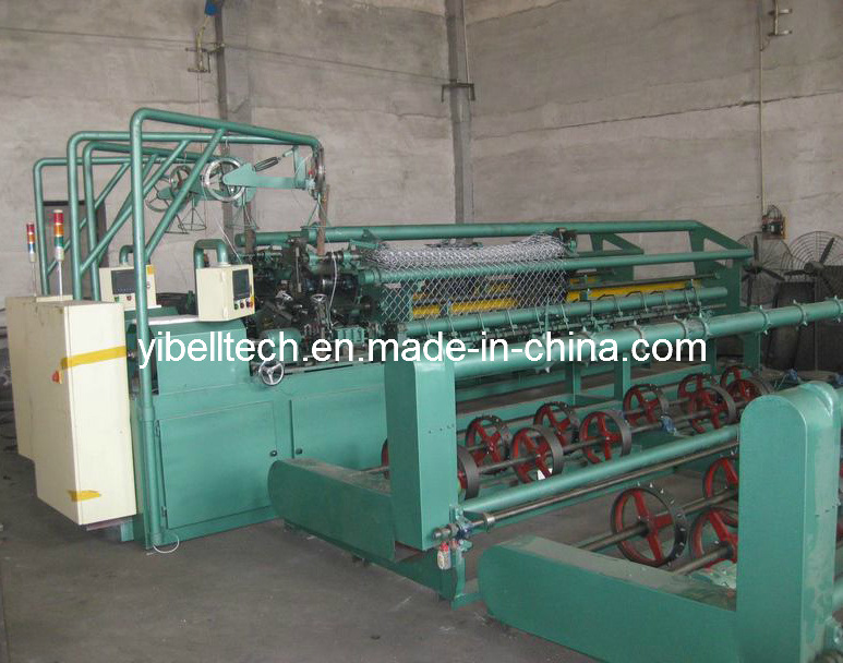 High Efficiency of Many Specifications Chain Link Fence Machine