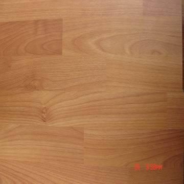 Laminate flooring october 2014 for Inexpensive laminate flooring