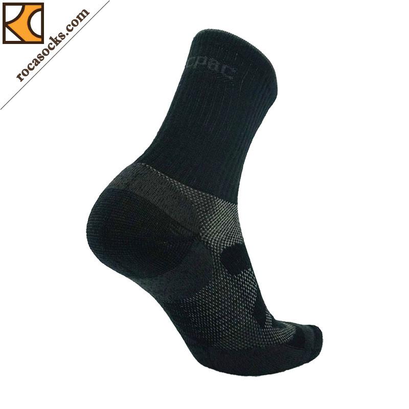 Men′s Outdoor Merino Wool Crew Socks (162022SK)