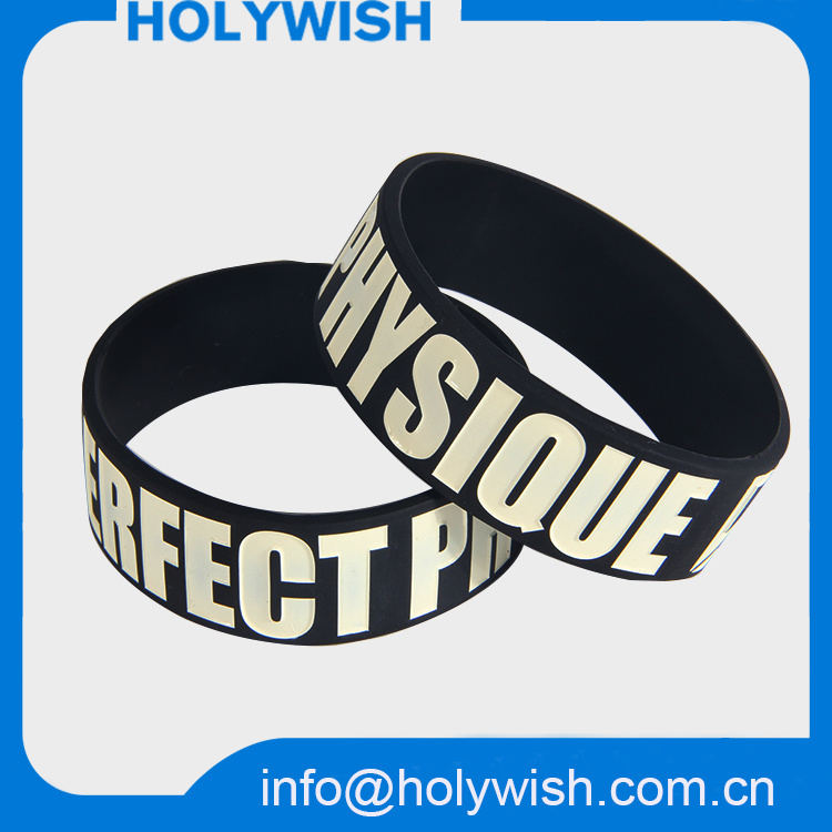 Passive Waterproof RFID Silicone Wristband Debossed Logo Design