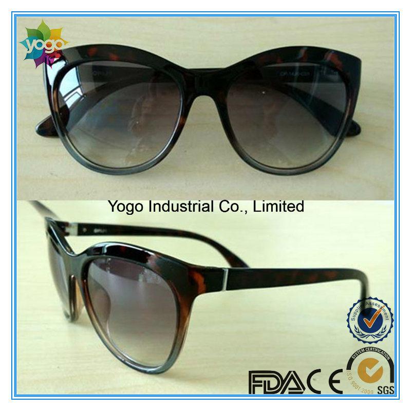 2017 OEM Fashion Cat Eye Oversized Woman Polarized Sunglasses