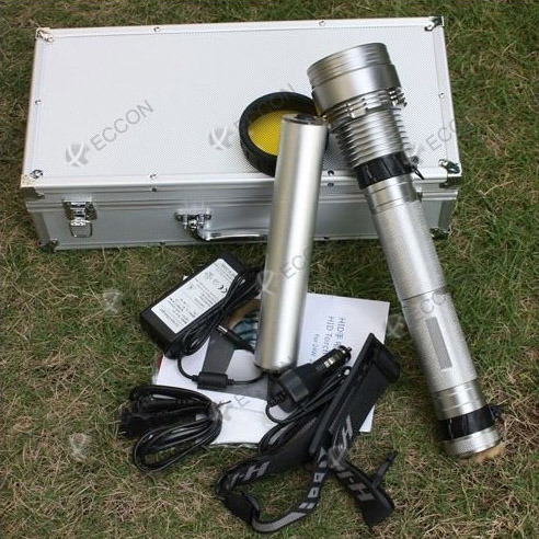 8700mAh 6000 Lumens 1.5km Radiation Distance Flashlight Torch with Rechargeable Battery