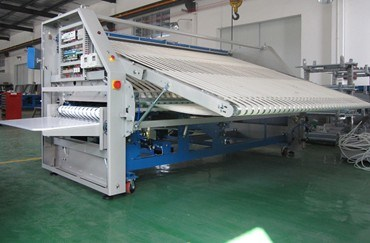 Zd3000-V Laundry Hotel Sheet Folding Machine