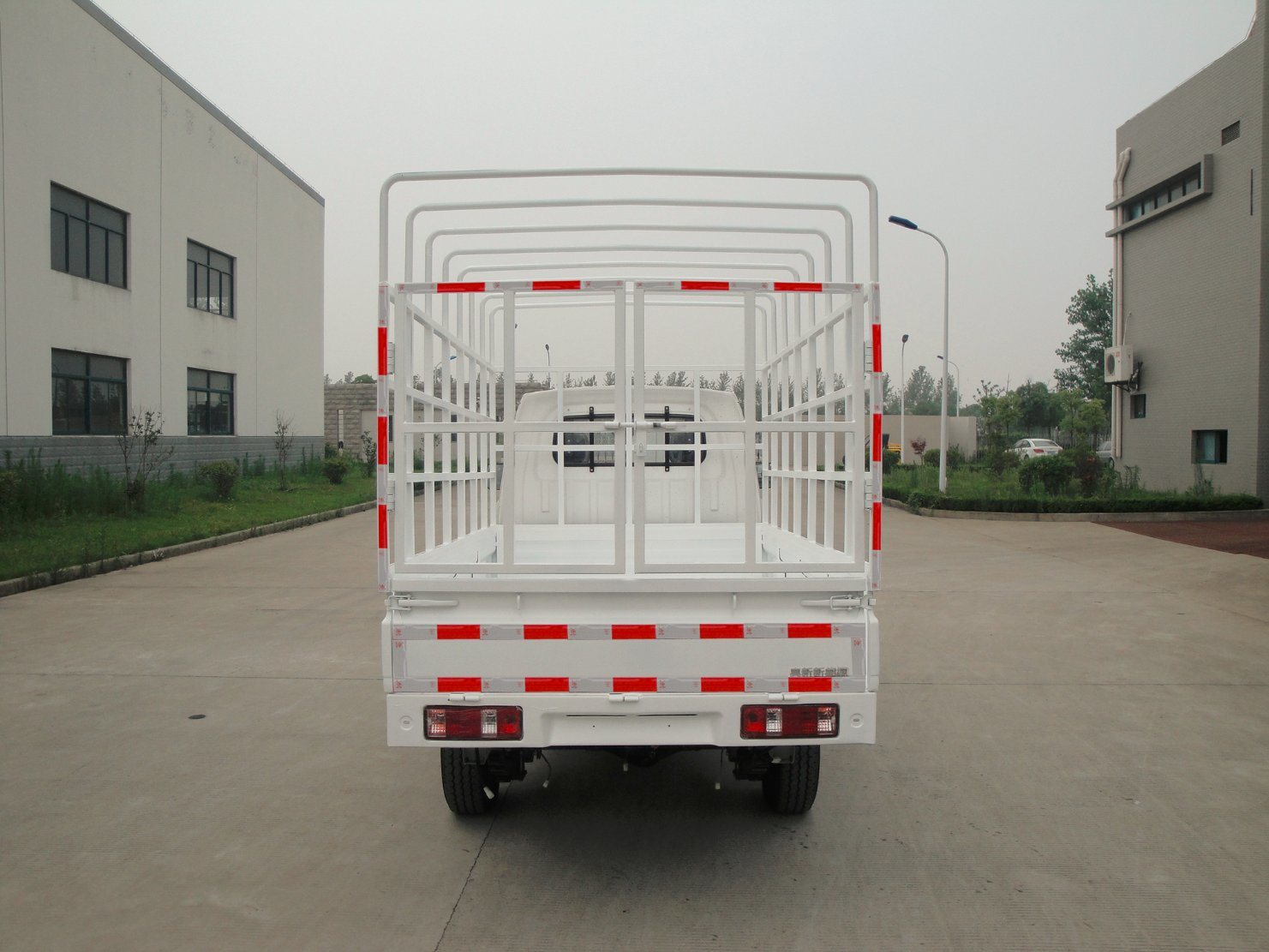 Grid Type Electric Truck with Single Cab