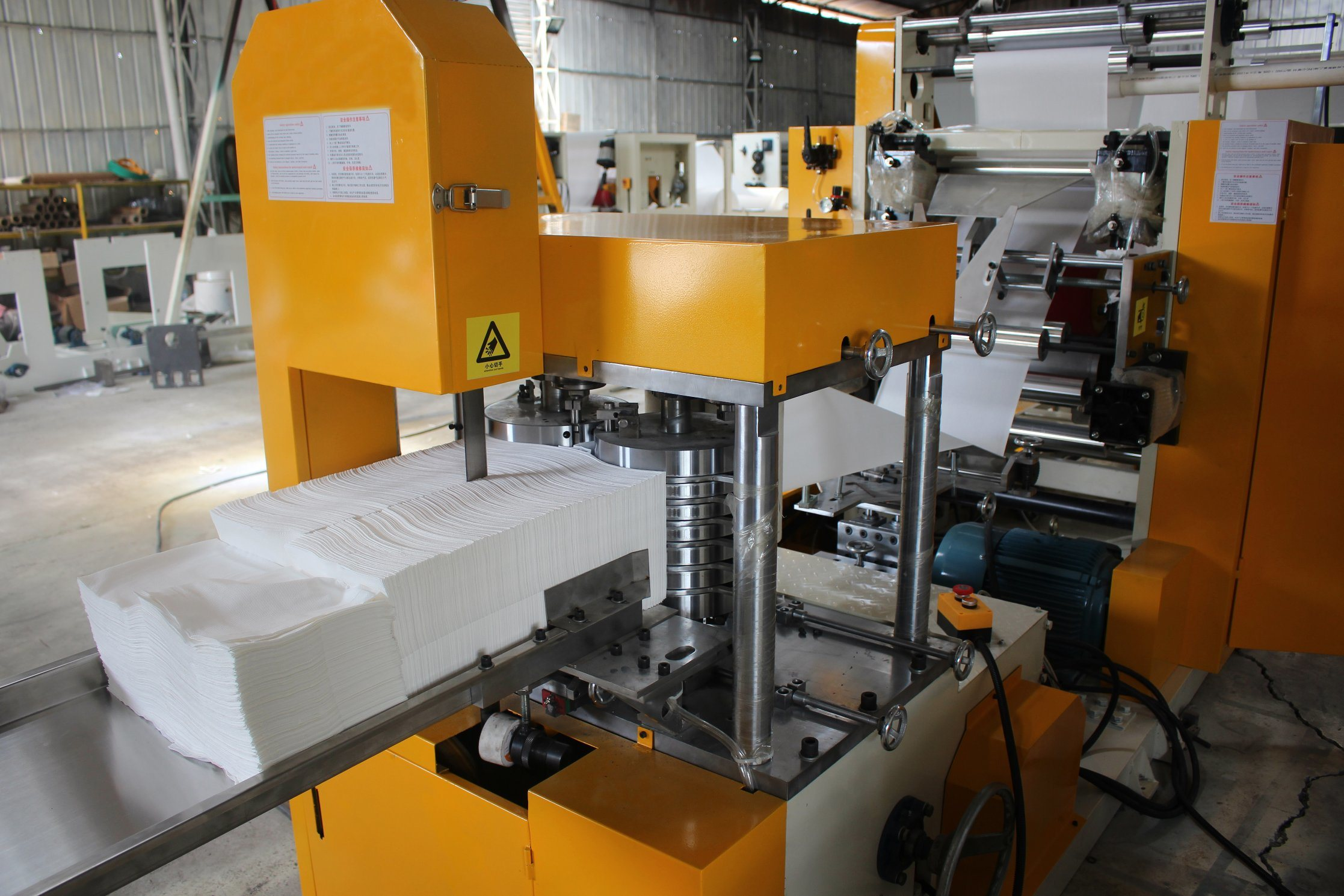Fully Automatism Single Row Embossing Napkin Paper Folding Machine