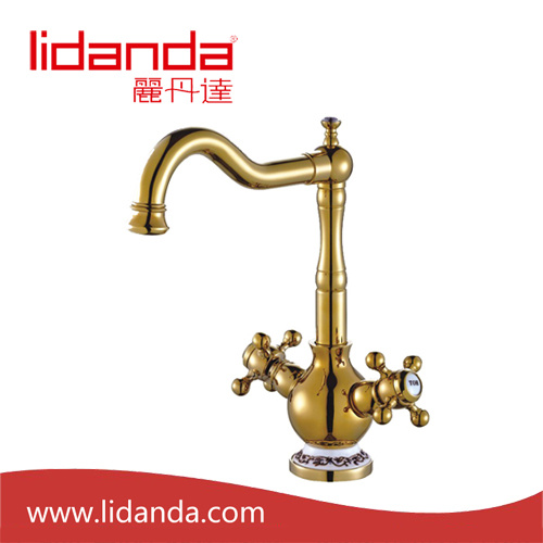 Antique Single Handle Kitchen Faucet with Gold Finish
