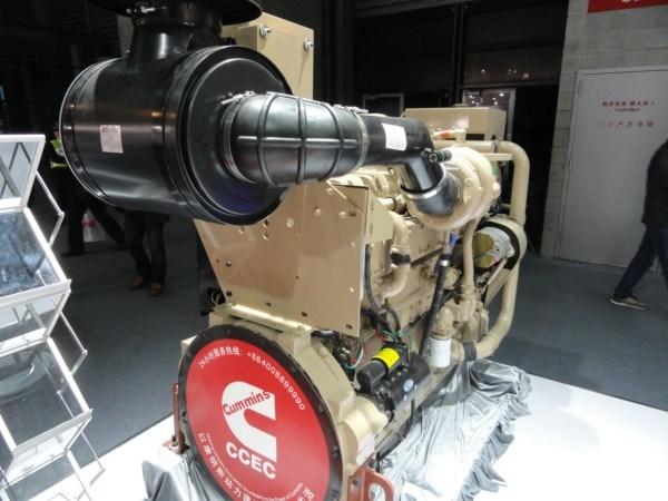 Cummins/Deutz Kta19-M700 Marine Main Propulsion Diesel Engine